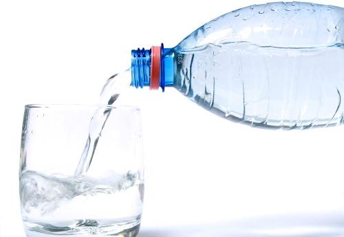 cata pierdere in greutate prin deshidratare)