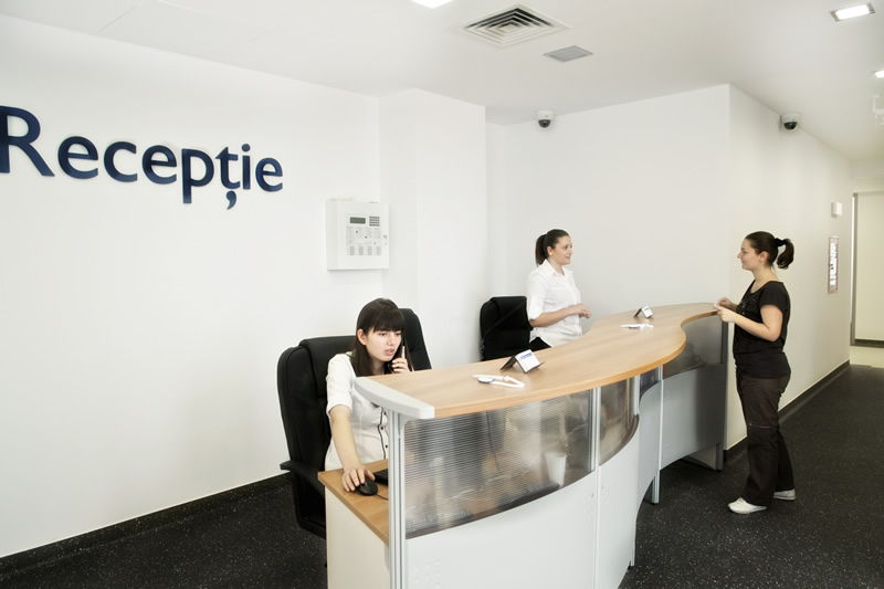 Galerie Foto Hyperclinica MedLife Baneasa