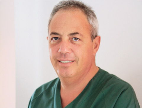 Cum se trateaza chirurgical bolile endocrine? Dr. Bogdan Stanescu, medic primar chirurgie endocrina, a discutat online cu cititorii