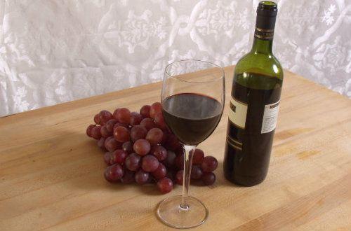 Ar putea consumul de suc din struguri sa ne aduca aceleasi beneficii pe care ni le ofera consumul moderat de vin?