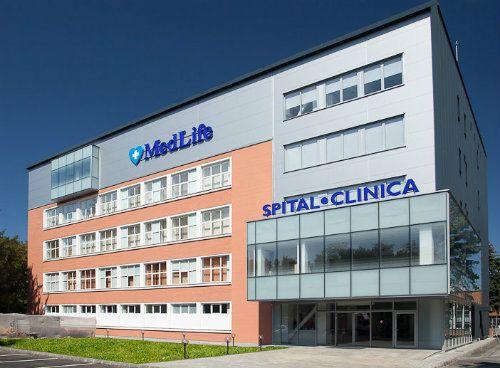 Premiera: adrenalectomie laparoscopica realizata cu succes in cadrul Spitalului MedLife Brasov