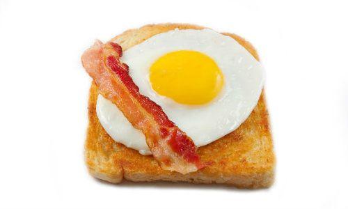 Doua mic dejunuri sunt mai bune decat niciunul
