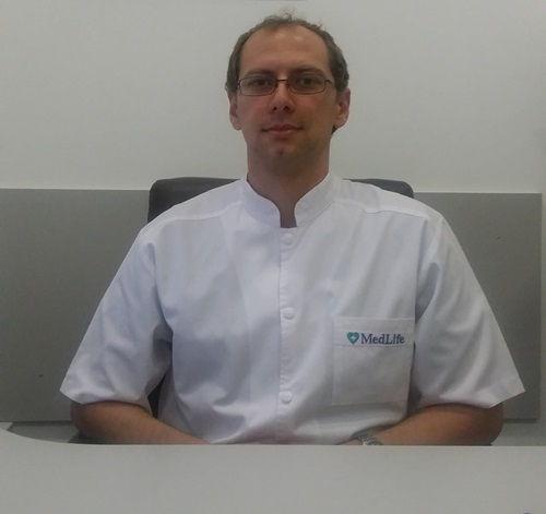 Care sunt semnele unui ficat cu probleme? Dr. Alexandru Popescu, medic specialist gastroenterologie, a discutat online cu cititorii