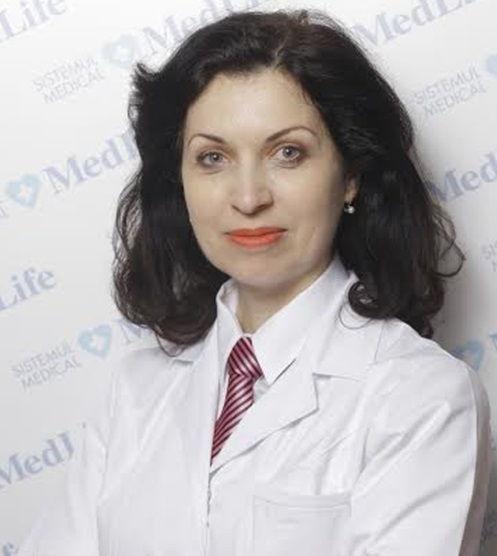 Ce trebuie sa facem pentru a avea un ten frumos de sarbatori? Dr. Noela Ionescu, medic primar chirurgie estetica si reparatorie, a discutat online cu cititorii
