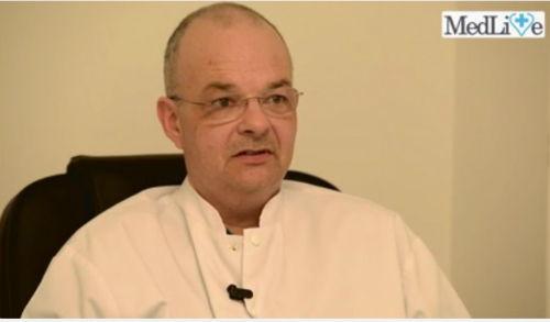 VIDEO INTERVIU Cum afecteaza pozitia incorecta sanatatea coloanei vertebrale? Dr. Alexandru Ulici: Nu orice fel de deviatie a coloanei vertebrale inseamna scolioza