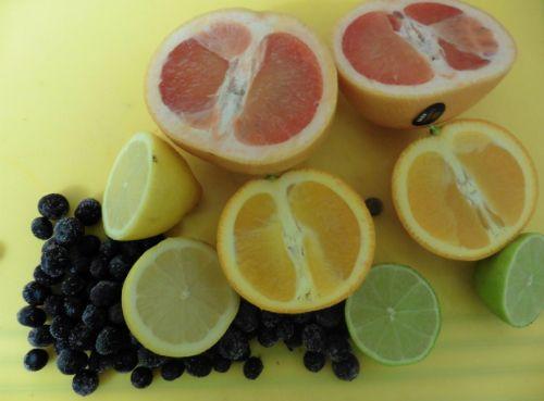 Fructele proaspete lupta impotriva crizelor cardiace si a atacurilor vasculare cerebrale- studiu