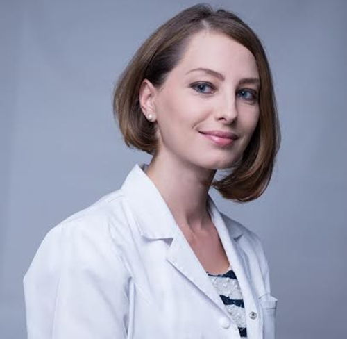 Cand trebuie sa ducem copilul la medicul oftalmolog? Dr. Marioara Pop, medic specialist oftalmologie pediatrica, a discutat online cu cititorii
