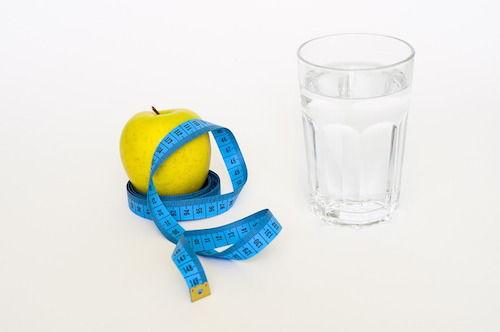 Alcoolul si apa in lupta cu kilogramele in plus