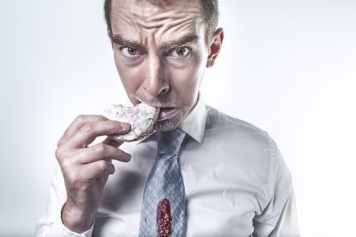 Un simptom neobisnuit: senzatia de gust dulce, cand nu ai mancat ceva dulce. Care sunt cauzele?